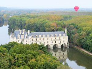 Balloon over Loire Valley